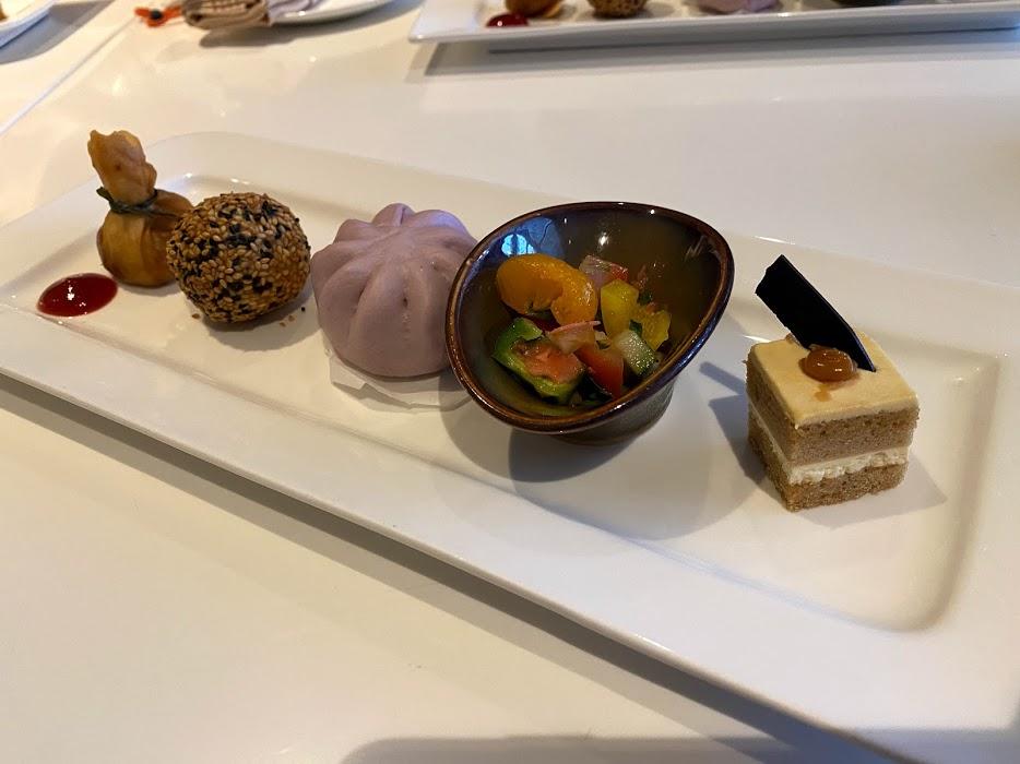 Hilton Lounge Food